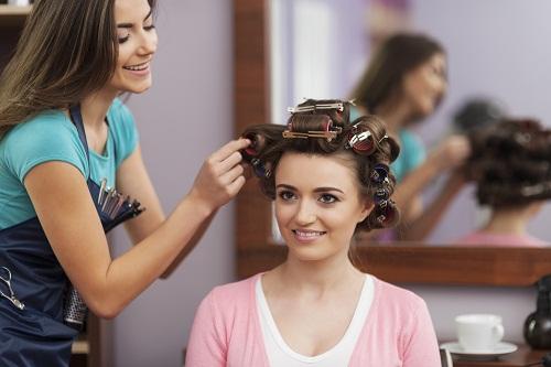 un institut de beauté 06400